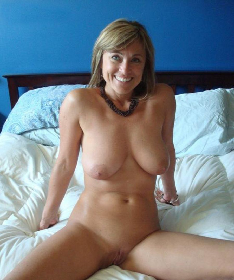MeetMatures - Mature Women Looking for Sex