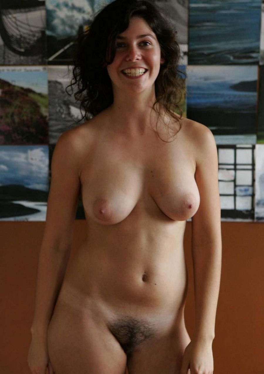 Regular moms at home nude — pic 4