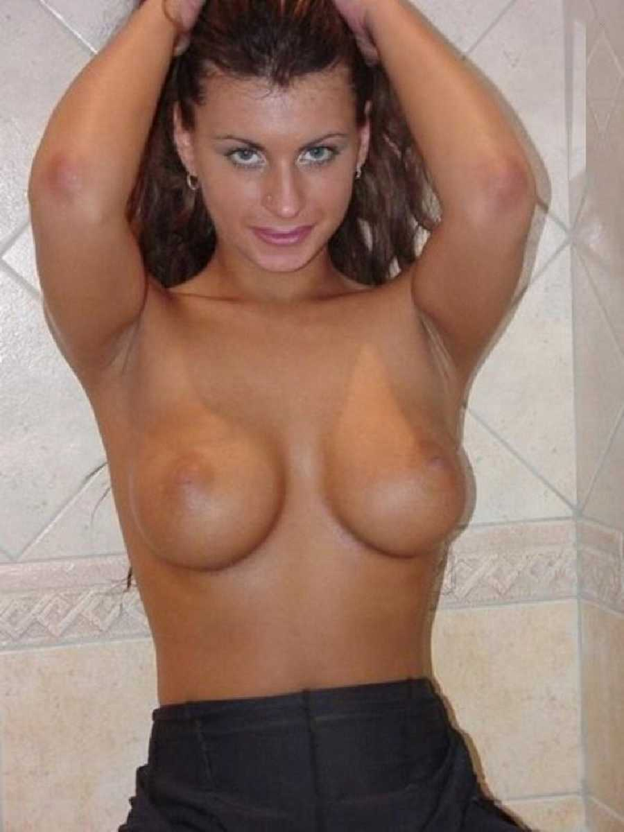 Horny young moms naked