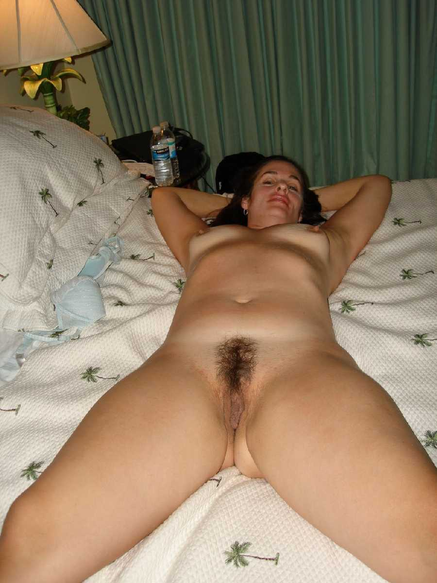 Mature creamy holes