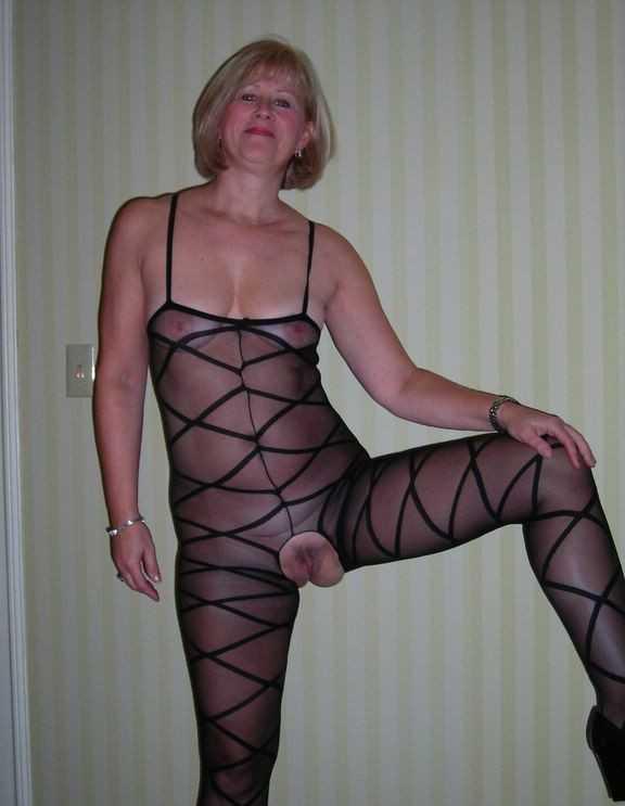 pics nude Granny thong porn