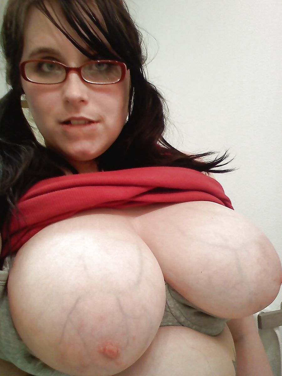 mature lactating milfs-naked photo