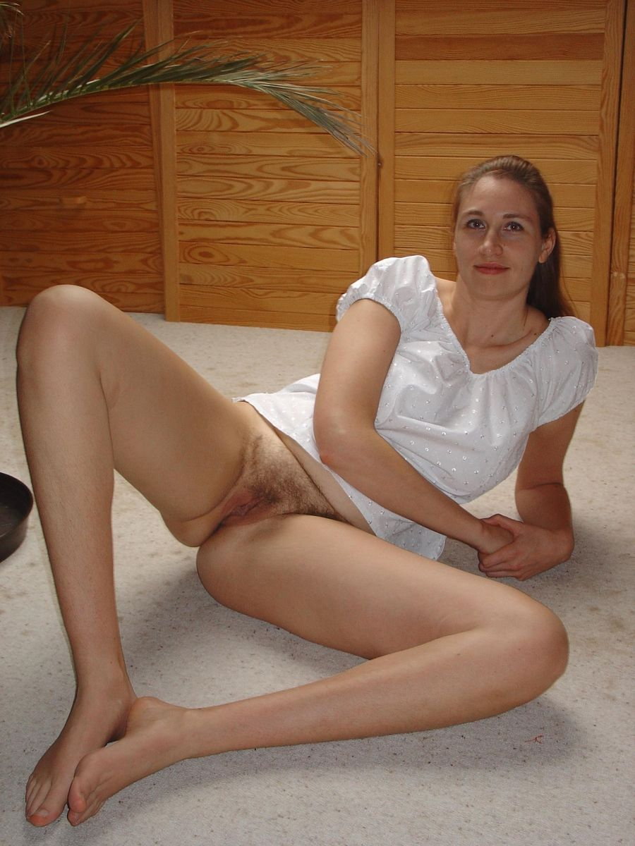 Mature hot wife dating black guy in hotel room